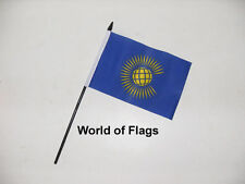 "COMMONWEALTH SMALL HAND WAVING FLAG 6"" x 4"" New World Craft Table Desk Display"