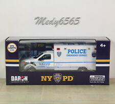 "NYPD Emergency Services Unit ""Ford"" W/Lights Scale 1/48"