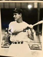 Lou Gehrig - 8x10 photo - New York Yankees - The Iron Horse