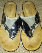 Natural Soul by Naturalizer Black / Taupe Thong Wedge Heel Slides Sandals 9 М