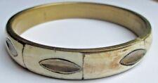 Ancien bracelet bijou vintage rigide cuivre bronze os finement sculpté 1554