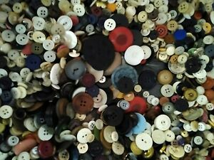 """LOT OF VINTAGE BUTTONS (A LITTLE OVER 8 LBS) 3/8"""" TO 1-1/2"""",2 HOLE/4 HOLE/SHANK"""