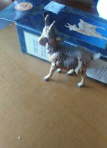 """IN BOX NICE  MADE IN ITALY NATIVITY FONTANINI THE GOAT FIGURINE APP 2 BY 2 1/2"""""""