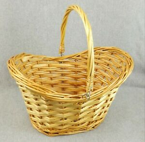 Vintage Wicker Basket with Handle Oval