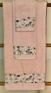 SPRING BUTTERFLIES  Decorative Towel Set