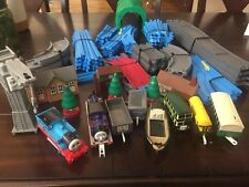 Tomy 2004 Thomas the Train Ultimate Set Motorized Road & Rail System SEE ALL PIC
