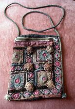 Antike Stickerei als Tasche Schultertasche aus Indien um 1800, ca. 19,5x14,5 cm