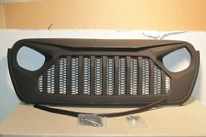 DV8 OFFROAD REPLACEMENT GRILL-BLACK FOR 18-21 JEEP WRANGLER JL & GLADIATOR JT