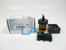 1PC NEW For SIEMENS 3SB3202-2KA11 3SB3 2022KA11