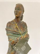 """Confidence"" Austin Sculpture ""hand signed"" by the artist,Alice Heath 19"""