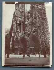 France, Cathédrale de Reims en rénovation  Vintage silver print. Vintage France