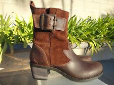 OluKai KA'IULANI, Suede & Antiqued Leather Ankle Boot in Kona Coffee, US Size 7M