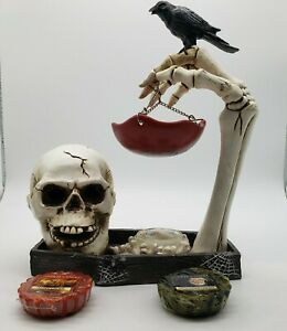 Yankee Candle Halloween Hang Skull Raven Skeleton Hand Eyes Tart Burner