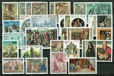 Italy, Lot of 31 Christmas Stamps - MNH