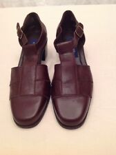 EASY SPIRIT Anti Gravity Brown Low Heels With Flex System Soles Size 9.5M