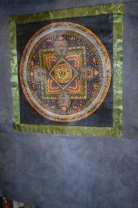 Tangka Tibet Mandala sehr feine Miniaturmalerei Seidenbrokat 75x61cm