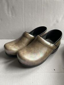 Dansko Professional Clogs Silver Opal Leather Size 38 Women's Metallic
