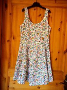 H&M Damen Kleid Trägerkleid  Sommerkleid weiß Blumen  GR 38 NEU