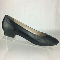 Salvatore Ferragamo Made In Italy Black Leather Wingtip Loafer Womens Sz 8.5 AAA