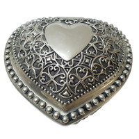 Vintage Beautiful Silver Plated -Women's Jewelry Trinket Box Embossed -Engraved