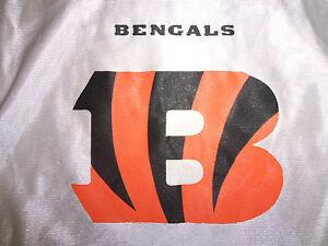 NFL Cincinatti Bengals Flag Football Reversible Graphic Print Jersey - M