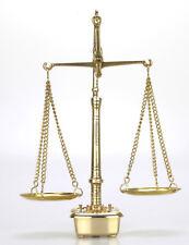Petite Balance Trébuchet en Laiton avec ses poids 2X1g -2x2g - 2x5g - 1x10g