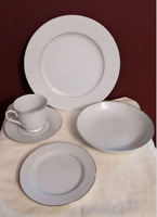 Carlton Plymouth 303 White Scrolls Platinum Trim 44 Piece Dinnerware Set