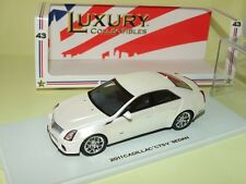 CADILLAC CTS-V SEDAN Blanc Nacré LUXURY COLLECTIBLES