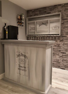 Home reclaimed Modern Bar , mane cave , top counter