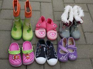 6 Paar Schuhpaket Gr. 22 Winterstiefel Gummistiefel Hausschuhe…Konvolut