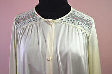 Soft Yellow Vanity Fair Gown with Lace & Embroidered Rose Buds Inset NWT - NVL17