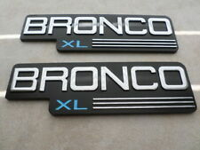 92 96 97 FORD BRONCO XL EXTERIOR FRONT FENDER EMBLEMS LEFT RIGHT SIDES