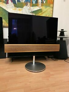 """Bang & Olufsen BeoVision Eclipse 55"""" on Motorised Stand With Oak Cover"""