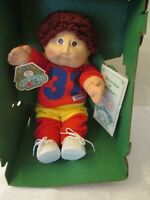 VINTAGE 1984 COLECO CABBAGE PATCH DOLL BROWN HAIR & EYES, #31 SPORTS OUTFIT NIB