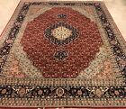 AN ATTRACTIVE  FISH DESIGN HAND WOVEN RUG