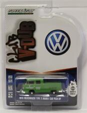 Greenlight 1:64 Club V-Dub Series 6/D 1975 Volkswagen T2 Crew Cab VW Body Repair