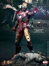 Hot Toys MMS197 - Avengers - Battle Damaged Mark VII (Movie Promo Edition)