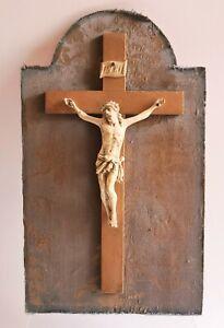 Ancien Crucifix Christ Celluloïd Plastique Ancien Bois Tissu Soie fin XIXème