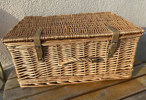 Vintage Retro Style Wicker Picnic Hamper Basket Large
