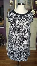 Avenue  Black & White Print Dress  Short Sleeves   Size 14/16   NWTGS