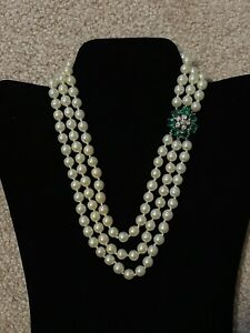 Vintage Signed Vogue Jewelry Three Strand Glass Pearl Necklace Rhinestone Clasp