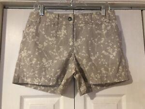 NWT Ann Taylor Loft Women's Flat Front Tan Floral Shorts Pockets Size 6