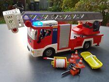 Playmobil 4820 Feuerwehr Leiterfahrzeug Drehleiterwagen Blinklicht