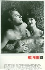 RICHARD CRENNA HUNKY BARECHEST JANICE RULE DOCTORS WIVES ORIG 1973 NBC TV PHOTO