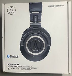 Audio-Technica ATH-M50xBT Closed-back Studio Monitoring Headphones with