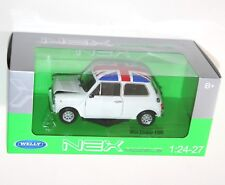 Welly - MINI COOPER 1300 (White + Union Jack Roof) Die Cast Model - Scale 1:24