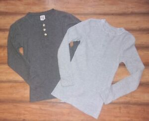 FRUIT of The LOOM ~ Mens S/M ~ LOT of 2 Waffle Texture THERMAL HENLEY Shirts 023