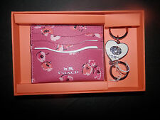 Coach-New In Coach Box-FlowerCredit Card Holder & White Key Fob In Gift Box-0507
