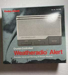 Radio Shack 12-240 Weather Radio Alert Weatheradio Three-Channel Vintage