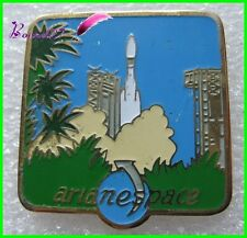 Pin's Ariane Espace Space Fusée navette Spatiale Kourou guyane 4 #H2